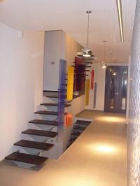 Висящи стъклени системи за стълби
